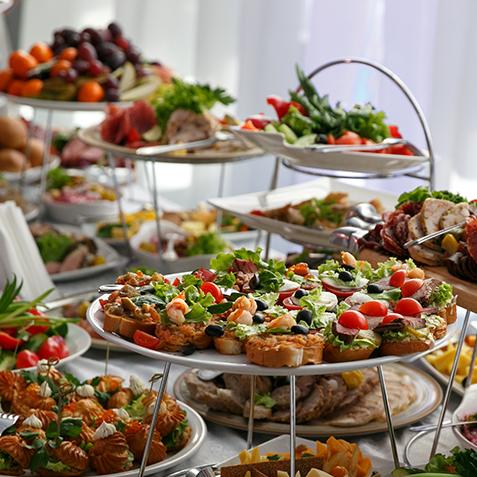 hapjes buffet, bourgondisch buffet, Italiaans buffet warm buffet boeren buffet, koud buffet de luxe koud buffet koude schotel, Jan Frenken, kwaliteitsslagerij, slagerij, broodjes, kerstmenu, kerstbestelling, oud en nieuw menu, oudjaarsavondmenu